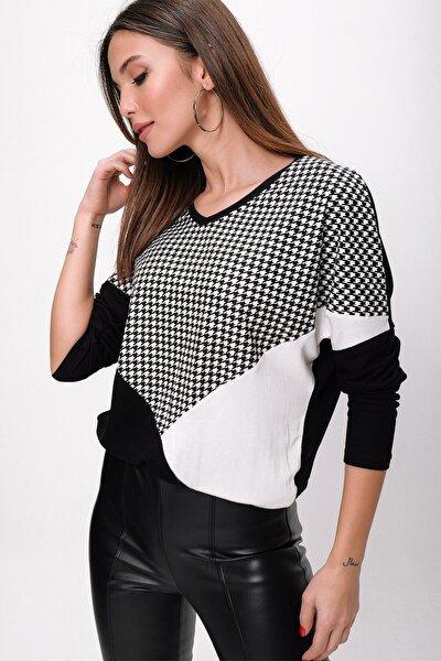 Kadın Siyah Kazayağı Desen Çift Renkli Çilek Bluz S-21K3250007