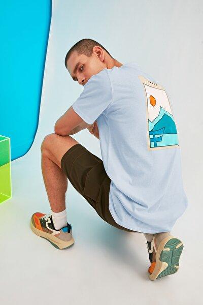 Mavi Erkek Long Fit Kısa Kollu Sırt Baskılı T-Shirt TMNSS21TS0620