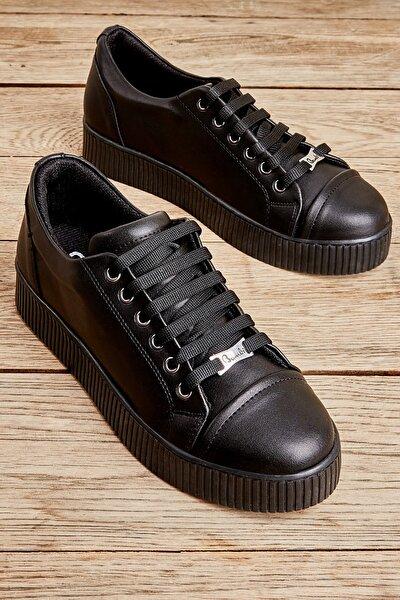 Siyah Kadın Sneaker K01586020309