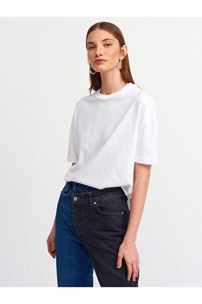 Kadın  Beyaz Basic T-shirt 3683