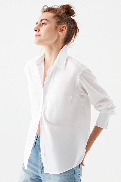 Tek Cepli Beyaz Poplin Gömlek