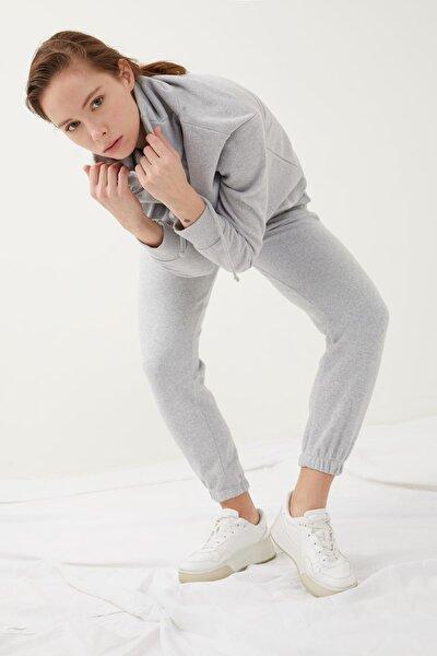 Kadın Gri Bağcıklı Relax Fit Jogger Eşofman Altı