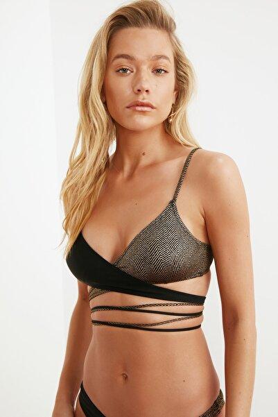 Jakarlı Renk Bloklu Bikini Üstü TBESS21BU0278