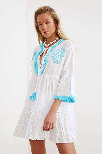 Beyaz Boncuk Nakışlı Vual Plaj Elbisesi TBESS21EL1351