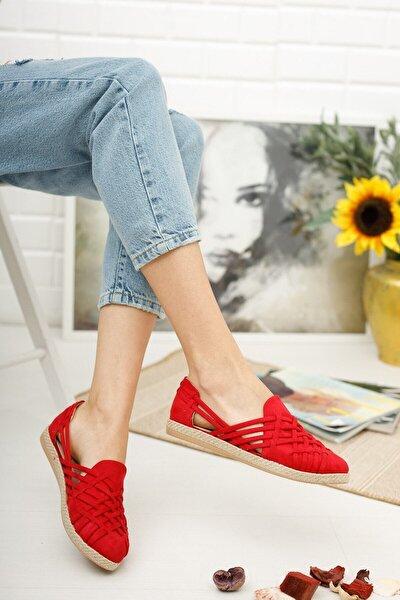 Kadın Kırmızı Hasır Işlemeli Babet