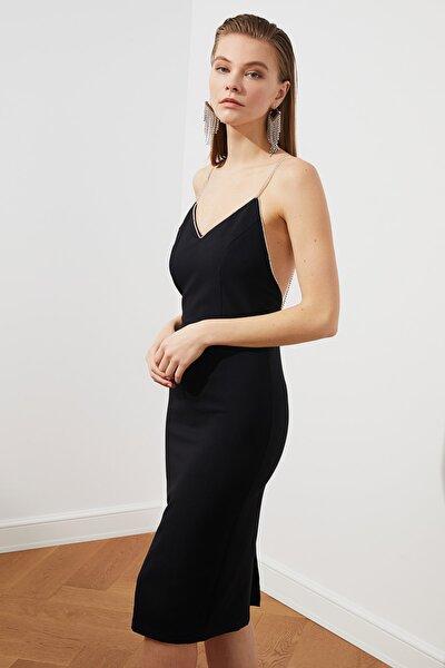Siyah Aksesuar Detaylı  Elbise TPRSS20EL2061