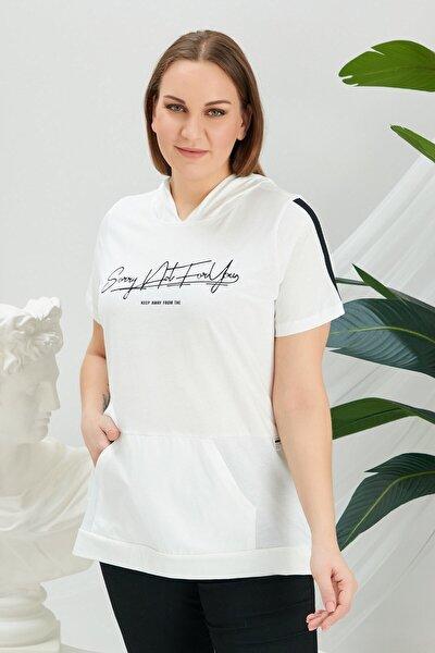 Baskılı Kol Şerit Detaylı Kapşonlu Beyaz Büyük Beden Tişört