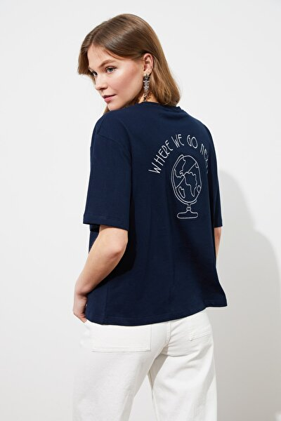 Lacivert Sırtı Nakışlı Loose Kalıp Örme T-Shirt TWOSS20TS0121