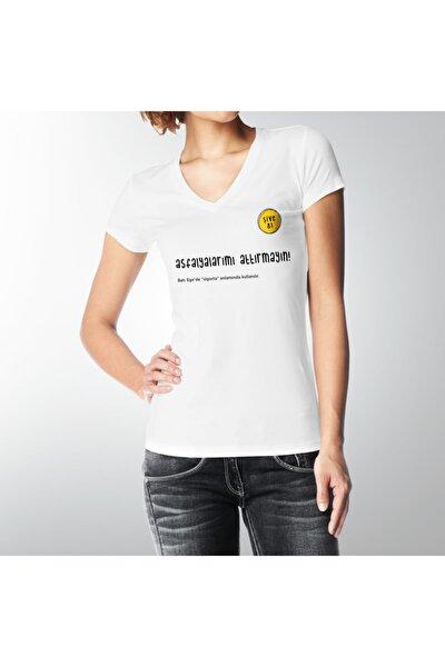 ASFALYALARIMI ATTIRMAYIN! V YAKA KADIN T-Shirt