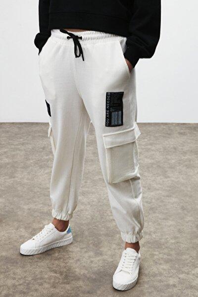 DIXIE Kadın Beyaz Beli ve Paçası Lastikli Kargo Cepli Pantolon