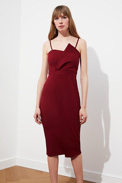 Bordo Yaka Detaylı Elbise TPRSS19FZ0136