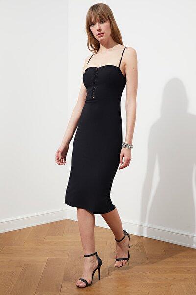 Siyah Yaka Detaylı Elbise TPRSS20EL2180