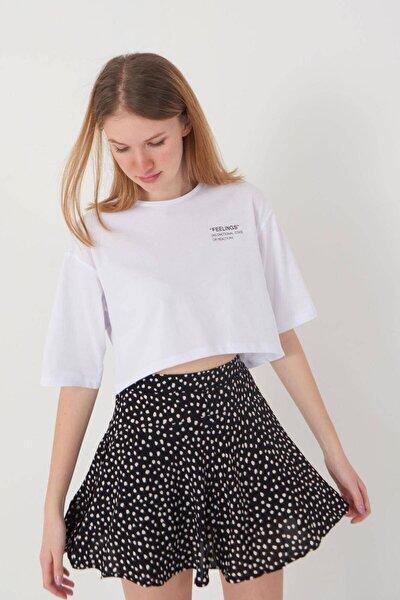 Kadın Beyaz Yazı Detaylı T-Shirt B114 - J4 Adx-0000023872