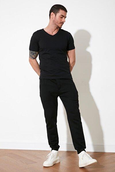 Siyah Erkek Regular Fit Cep Detaylı Lastik Paça Eşofman Altı TMNAW21EA0094