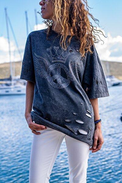 Kadın Antrasit Yıkamalı Baskılı Lazerli Salaş T-Shirt GK-RSD2023