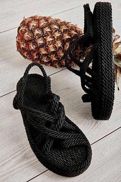 Siyah Kadın Hasır Sandalet L07870204