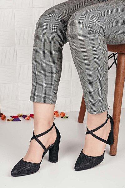 Kadın Siyah Sivri Burun Topuklu Ayakkabı Ba20512