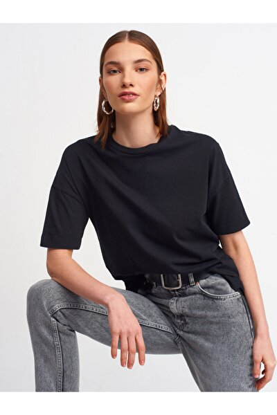Kadın Siyah T-Shirt3683