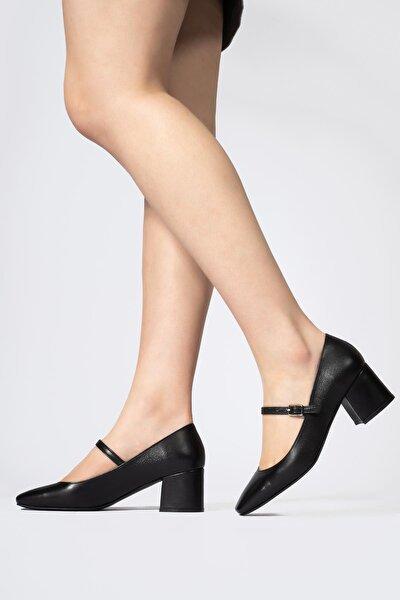 Kadın Siyah Hakiki Deri Alçak Topuklu Küt Burun Ayakkabı