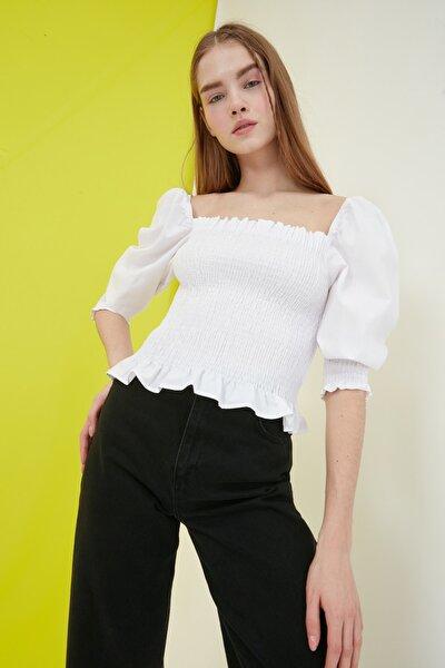 Beyaz Gipeli Bluz TWOSS21BZ0945