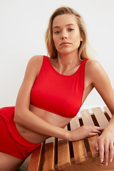 Kırmızı Halter Yaka Bikini Üstü TBESS21BU0099
