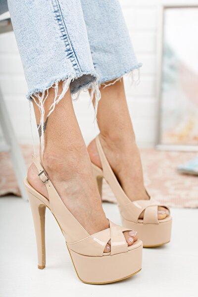Bej Rugan Yandan Ayarlanabilir 15cm Ince Yüksek Topuklu Ayakkabı