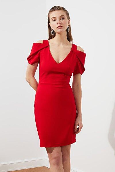 Kırmızı Kol Detaylı Elbise TPRSS21EL1399