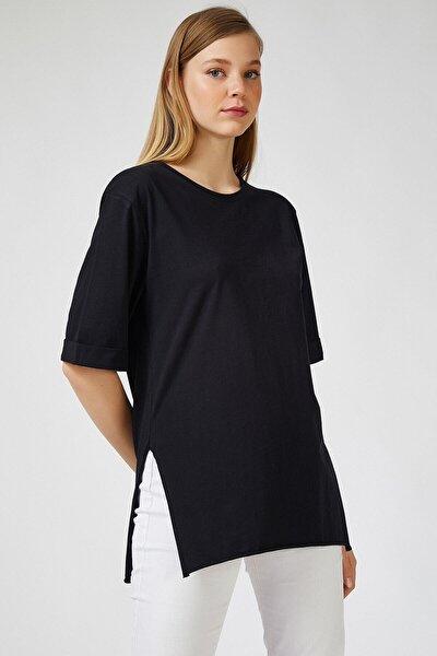 Kadın Siyah Yandan Yırtmaçlı Oversize Penye T-shirt