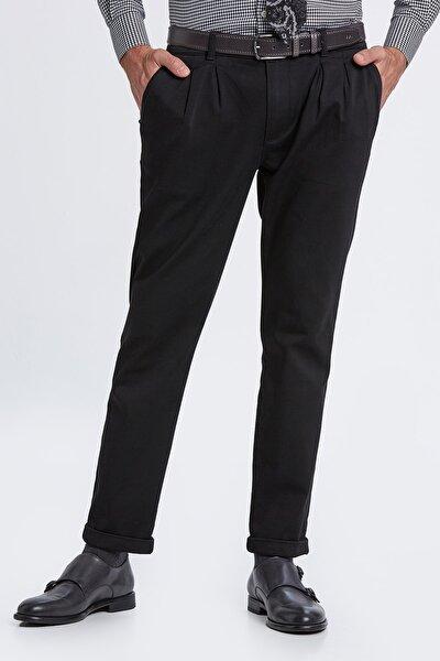 Erkek Pileli Rahat Kesim Siyah Chino Pantolon