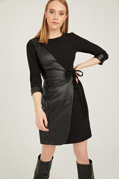 Deri Detaylı Kuşaklı Astarlı Elbise Siyah
