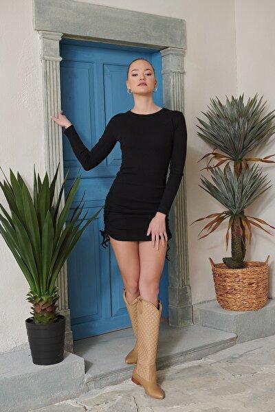Kadın Siyah Yanları Büzgülü Kaşkorse Elbise