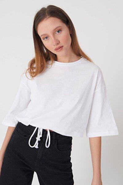 Kadın Beyaz Basic T-shirt P6235 - İ3 ADX-0000023817