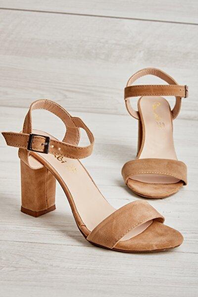 Bej Süet Kadın Klasik Topuklu Ayakkabı K05503740072
