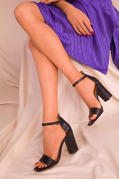 Siyah Kadın Klasik Topuklu Ayakkabı 15976