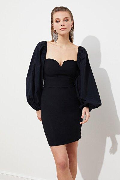 Siyah Balon Poplin Kollu Elbise TPRSS21EL0192