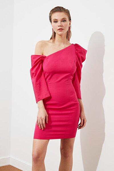 Fuşya Yaka Detaylı Elbise TPRSS21EL1407