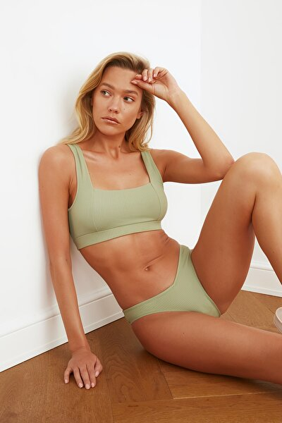 İğde Yeşili Dokulu Bikini Üstü TBESS21BU0146