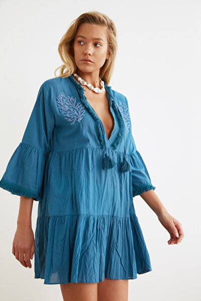 Koyu Mavi Boncuk Nakışlı Vual Plaj Elbisesi TBESS21EL1351
