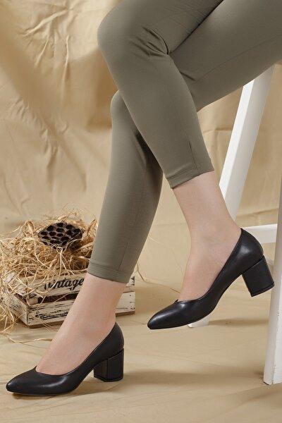 Kadın Siyah-cilt Dekolte Topuklu Ayakkabı