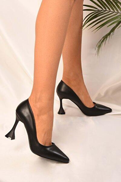 Kadın Siyah Cilt Klasik Topuklu Ayakkabı