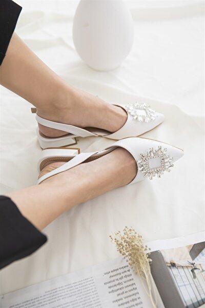 Kadın Beyaz Topuklu Taş Detay Sandalet