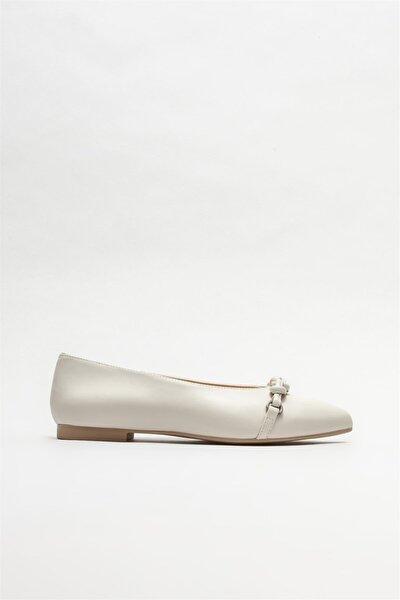 Bej Deri Kadın Loafer