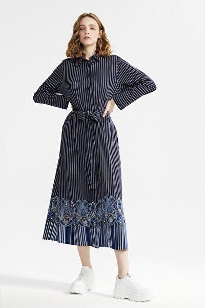 Kadın Lacivert Baskılı Elbise