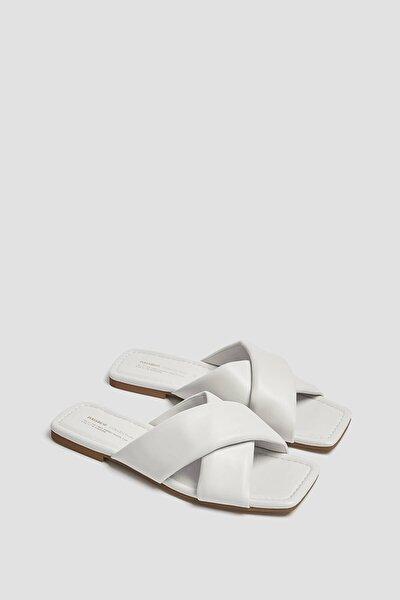 Kadın Beyaz Çapraz Bantlı Düz Sandalet 11812740