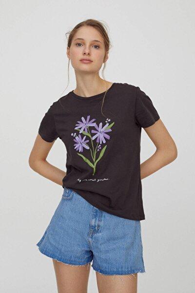 Kadın Antrasit Gri Çiçek Görselli T-Shirt 04240314