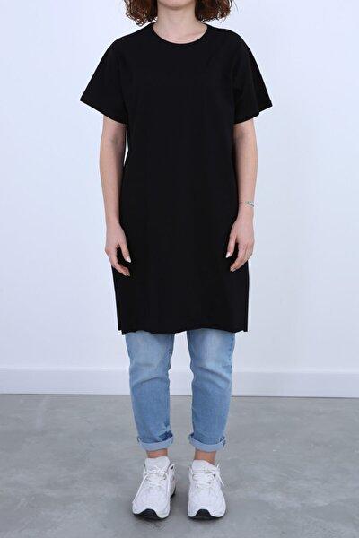 Kadın Siyah Kısa Kollu Yırtmaç Detaylı Basic T-shirt