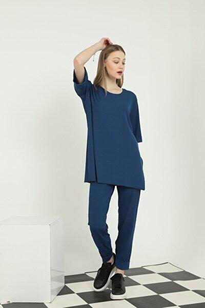 Kadın Lacivert Duble Kol Oversize Yandan Yırtmaçlı Tişört Beli Lastikli Pantolon İkili Takım