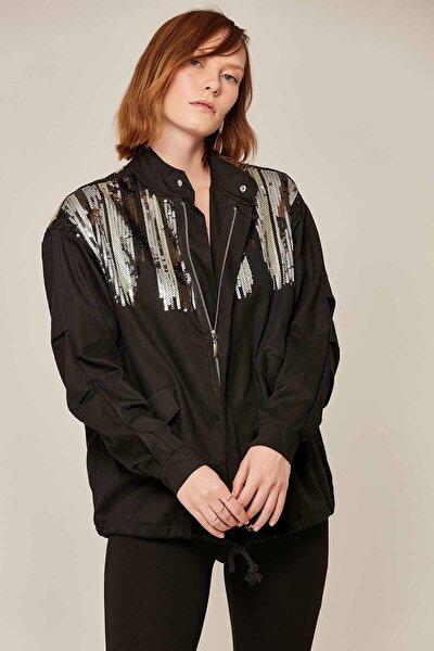 Kadın Pullu Astarsız Ceket Y16