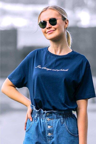 Kadın Lacivert Baskılı T-shirt Mg457