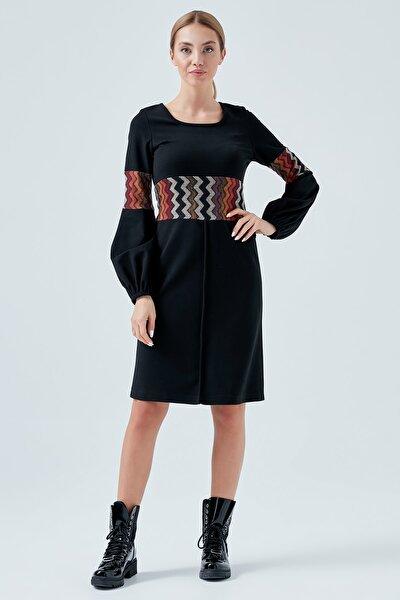 1713 Kadın Siyah Balon Kollu Zikzak Desen Detaylı Triko Elbise
